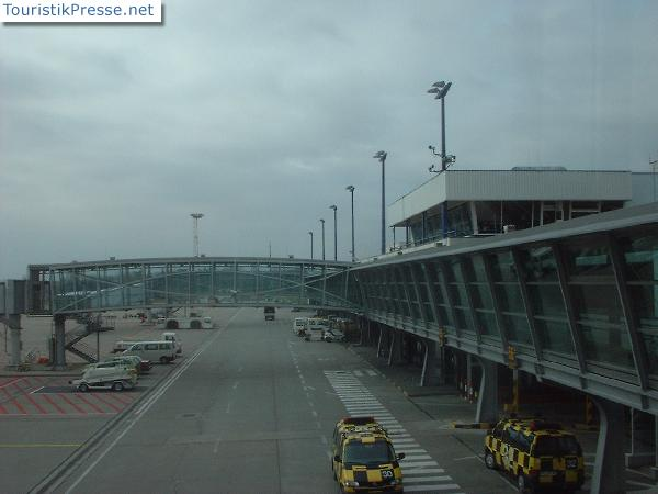 Berlin Brandenburg Flughafen Holding GmbH (SXF)