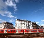 Die S-Bahn Hamburg erhält ihr grün-weißes Logo zurück