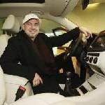Erfolgsmusiker Helmut Zerlett fährt Volkswagen