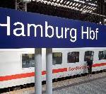 Hamburger Hauptbahnhof: Wandelhalle und Südsteg erstrahlen in weihnachtlichem Glanz