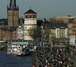 Hotel-Übernachtungen 2007: Düsseldorf holt Ferieninsel Sylt ein