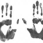 Totalkontrolle in den USA: Heimatschutzministerium beginnt am John F. Kennedy International Airport in New York mit der Erfassung aller zehn Fingerabdrücke von internationalen Reisenden
