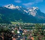 Deutschlands höchster Berg lockt mit einem abwechslungsreichen Programm