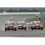 Neue Saison, neues Rennfahrzeug: Start frei zur MINI CHALLENGE 2008