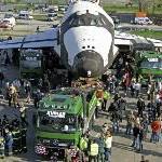 Mercedes-Benz Actros-Schwerlastzugmaschine bringt Raumfähre BURAN ins Technik-Museum