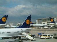 TEST BILLIGFLÜGE: Lufthansa günstiger als die Konkurrenz