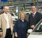 Staatssekretärin Nicolette Kressl zu Besuch im Mercedes-Benz Werk Rastatt: Informationsgespräch am Standort