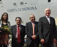 """Neue Costa Schiffe """"Costa Luminosa"""" und """"Costa Pacifica"""" gleichzeitig zu Wasser gelassen"""