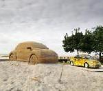 New Beetle Sunshine Tour an diesem Wochenende: Künstler errichten Sand-Monument am Ostseestrand