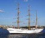 Tanz der Giganten: Rostock setzt Segel für 18. Hanse Sail