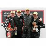 MINI CHALLENGE: Zwei Rennen beim Oldtimer Grand Prix bringen Führungswechsel in der Fahrerwertung.