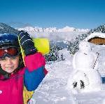 Silberregion Karwendel/Tirol entlastet Familienbudget: Gratis-Skikurs für alle Gästekinder