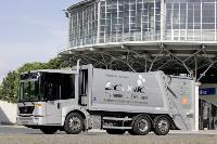 Daimler zeigt elf 'grüne' Nutzfahrzeuge auf der IAA
