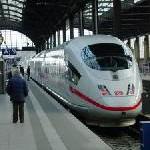 Deutsche Bahn weitet Vorsichtsmaßnahmen bei ICE-Überprüfung aus