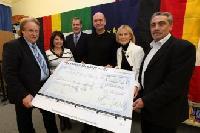 Volkswagen Mitarbeiter spenden 5000 Euro an Deutsch-Italienischen Freundeskreis