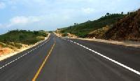 Straßennetze in den touristischen Regionen werden verbessert