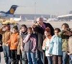 Flughafen Stuttgart: Rekordserie bei Flughafenführungen
