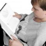 Bahn-Kunden ermöglichten weitere Vorlesekoffer für Kinderheime
