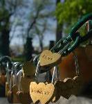 Eisenschloss symbolisiert ewige Liebe