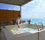 Flavour of Summer: Inselparadies zu mieten Island Hideaway Spa, Resort & Marina/Malediven offeriert 2009 außergewöhnliche Gruppenreisen