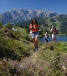 """Gesund auf den Beinen: """"Wellnesswandern in den Alpen"""""""