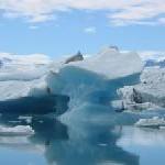 Sommer im ewigen Eis – Die Arktis / ZDF-Reporter bereisen Grönland