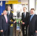 Meilenstein für nachhaltigen Airportbetrieb gesetzt: Neue Bio- und Erdgastankstelle am Münchner Flughafen feierlich eröffnet