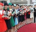 Korean Air feiert den 40. Geburtstag mit einer internationalen Uniform-Roadshow