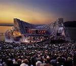 "Open-Air-Musikgenuss: Verdis ""Aida"" auf weltgrößter Seebühne"