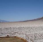 Pink Jeep Tours bietet als erster unabhängige Reiseveranstalter in diesem Herbst im Death Valley seine Dienste innerhalb des Nationalparks an