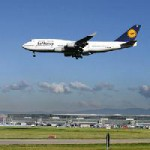 Fraport im ersten Halbjahr 2009: Umsatz leicht rückläufig, Konzern-Ergebnis positiv / Kriseneffekt bei Verkehrszahlen lässt nach
