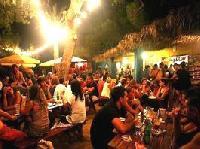 Ein bisschen Woodstock auf Ibiza
