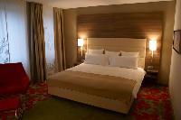 Hotellerie: Neueröffnung des Melía-Hotels in Düsseldorf