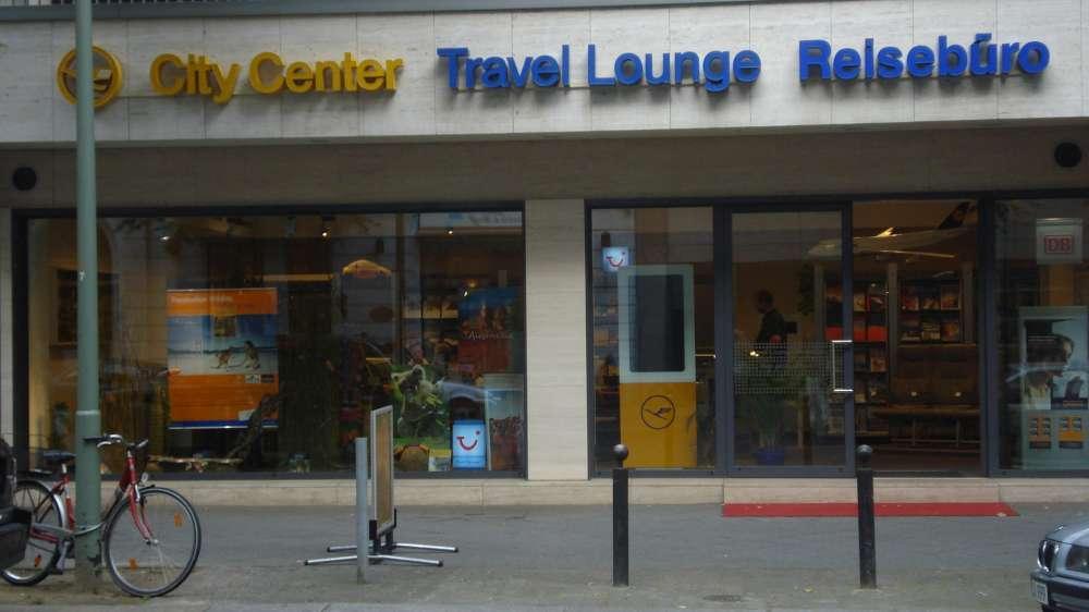 """Lufthansa City Center suchen """"Südafrika-Fan"""""""