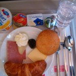 Continental Airlines to Offer Food for Purchase on Select Flights