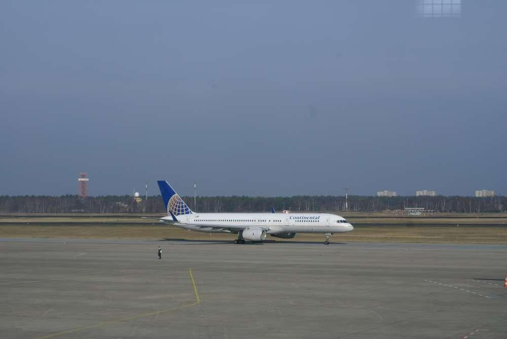 Continental Airlines and Its Dispatchers Reach Tentative Agreement on New Labor Contract