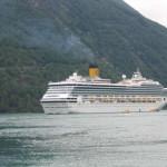 """Neues Costa Flaggschiff """"Costa Favolosa"""" wird ein """"schwimmendes Märchenschloss"""""""