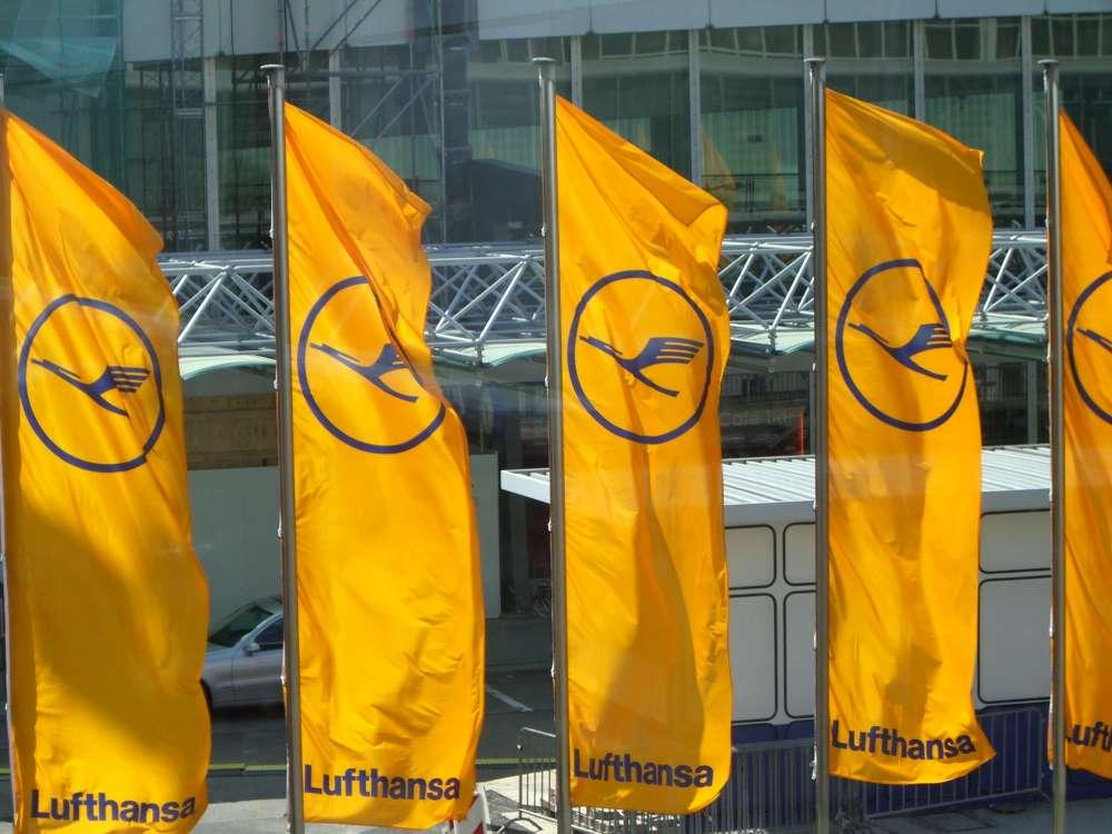 Der erste A380 für Lufthansa gestartet – Testflug über Helgoland