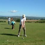 Sport und Spaß trotz Handicap: Para-Schnuppergolfen im Golf-Park Winnerod