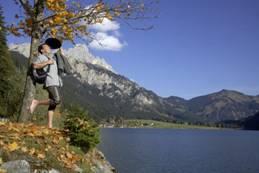 Wandern für jedermann im herbstlichen Tannheimer Tal