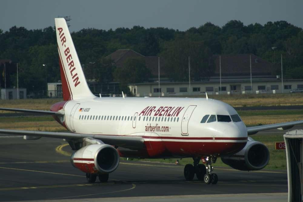 Air Berlin Erstflug von Berlin nach Dubai