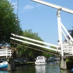 Hausboot-Kapitäne, Matrosen und Smutjes gesucht