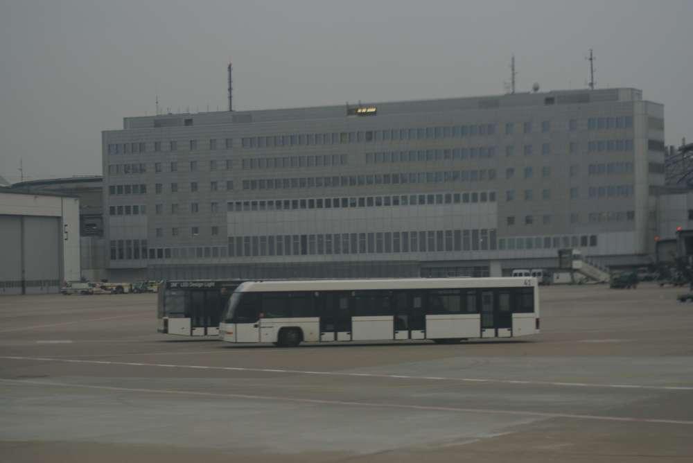 Aschewolke führt zu Verzögerungen und Streichungen im Flugverkehr