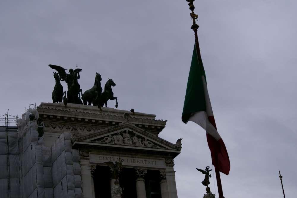 Travel24.com AG beschließt Rückzug aus französischem Markt