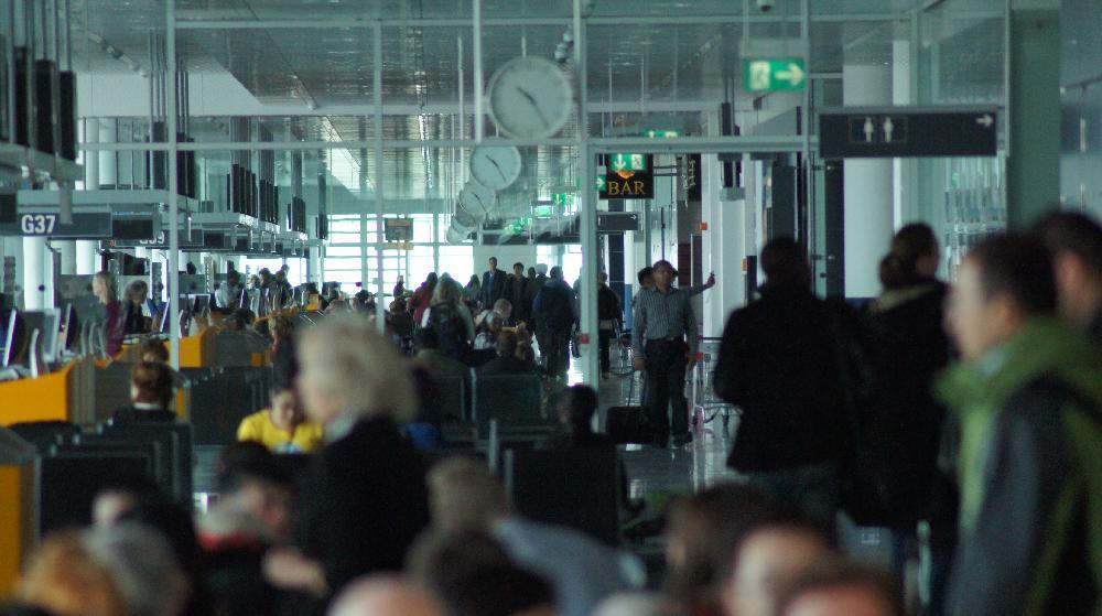 Speeddating am Airport: Jeder Vierte baggert am Flughafen oder im Flieger