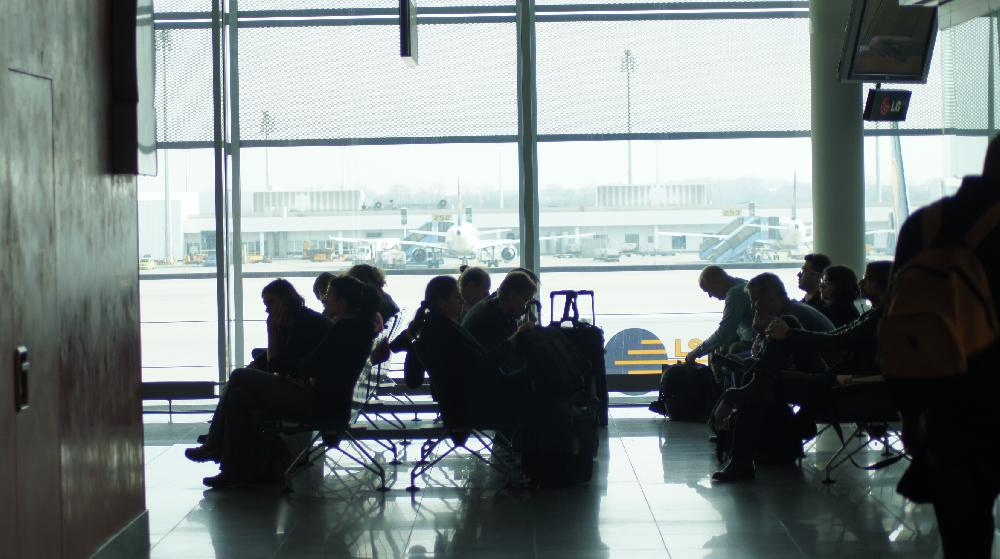 Ergebnis einer neuen weltweiten Studie: die Hälfte der heutigen Reisenden genießen Ihr Flughafen-Erlebnis