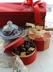Feiertagssünden im türkischen Hotel: Die Schokoladenmanufaktur der The Marmara Hotels begeistert mit süßen Feiertagskreationen im neugestalteten Chocolate Shop