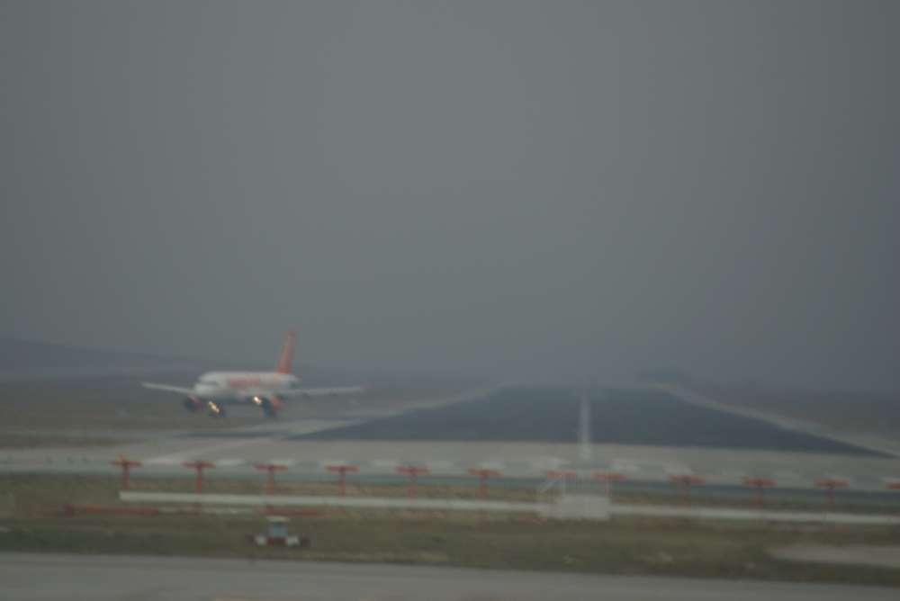 easyJet testet als erste Airline Entwicklung eines umweltfreundlichen Systems für Rangiervorgänge