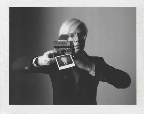 """Düsseldorf: """"Polaroid Collection""""-Package im InterContinental für Retro- und Reisefans"""