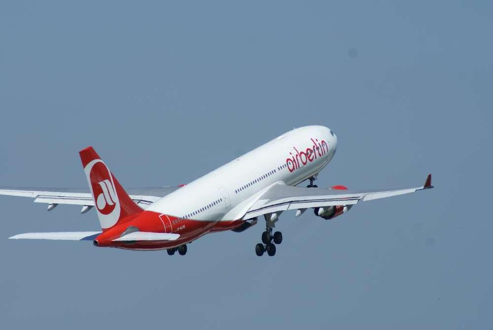 Airberlin strafft Management Struktur